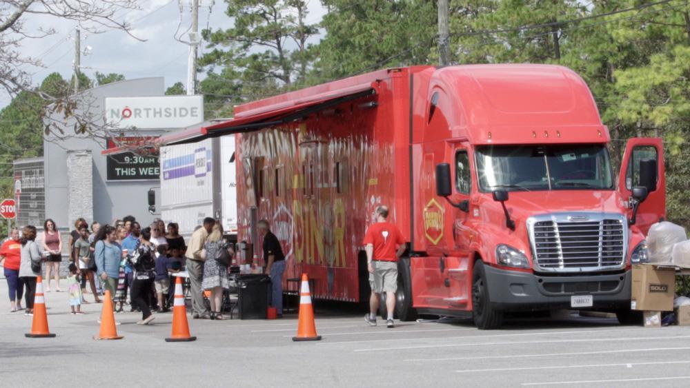 Dennys Mobile Relief Diner Service