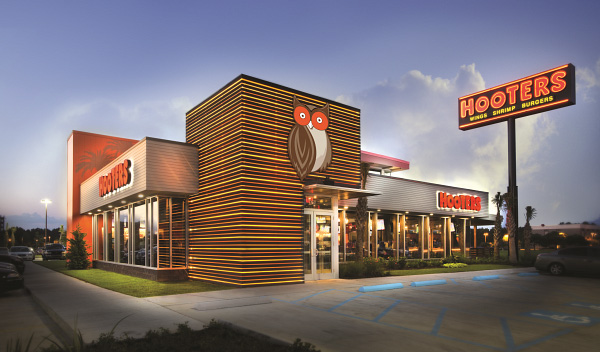 Hooters Acquired by Nord Bay Capital and TriArtisan Capital Advisors
